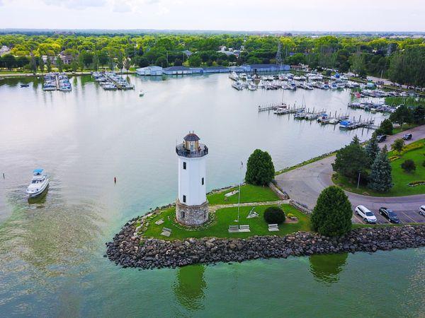 Lakeside Park Lighthouse