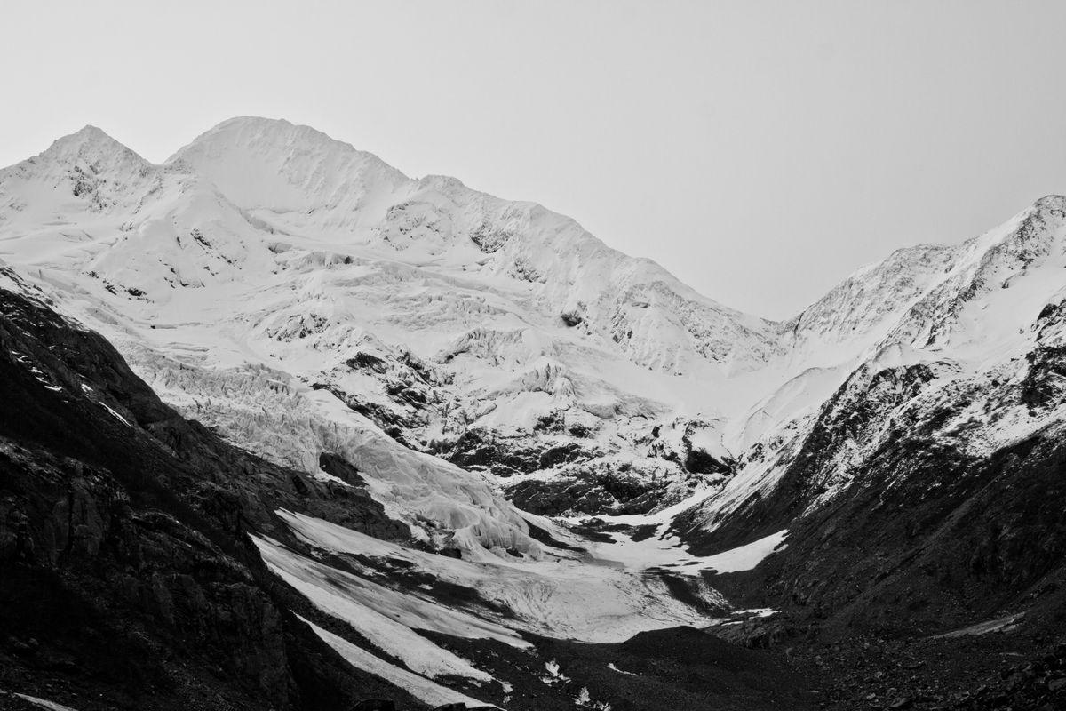 Alaska Byron Glacier